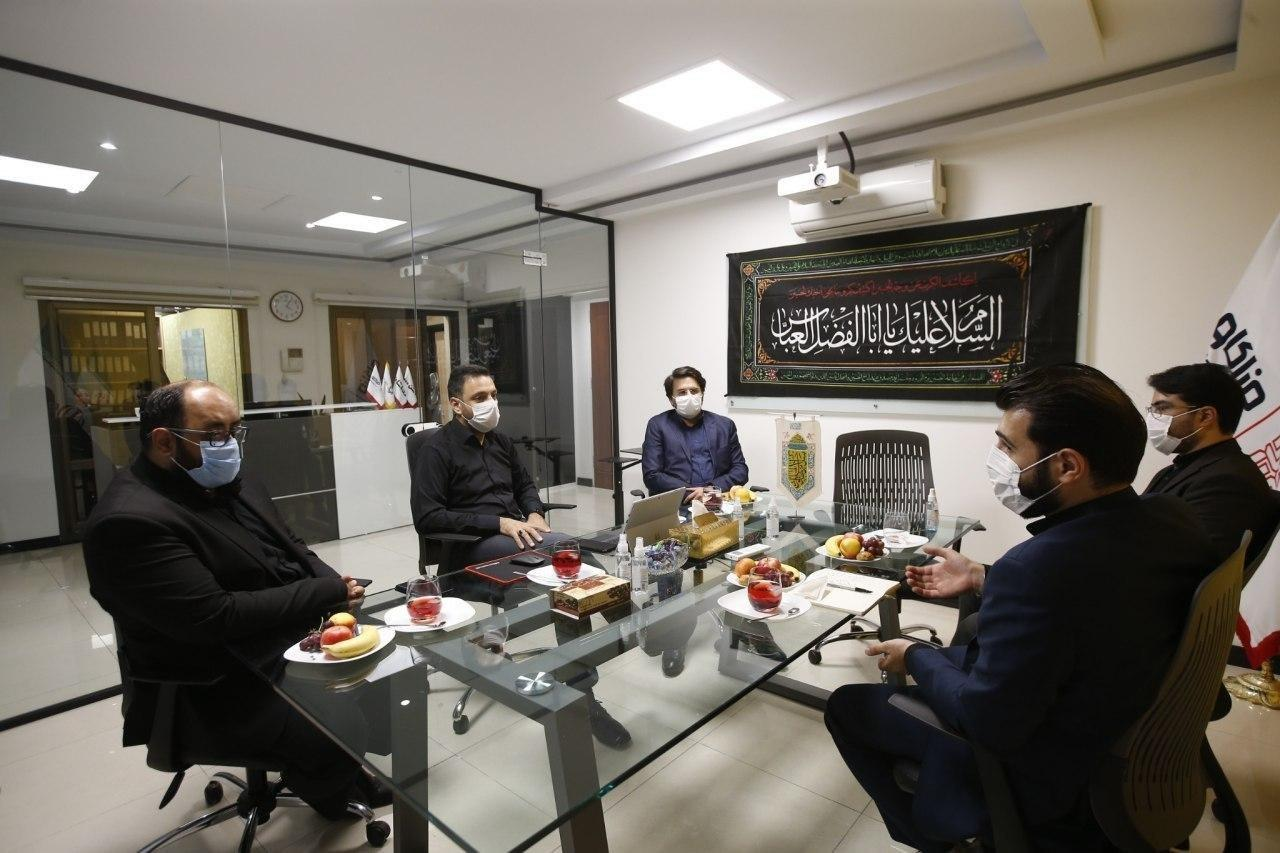 دیدار مسئولان سازمان صوت و تصویر فراگیر در فضای مجازی با خادمان هیئت آنلاین: